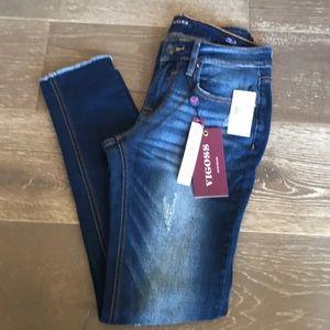 {Vigoss} Skinny Distressed Jeans. Size 26. NWT.